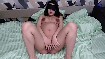 Pregnant Cumming For Everyone Watch And Cum. With Conversations - Homemade