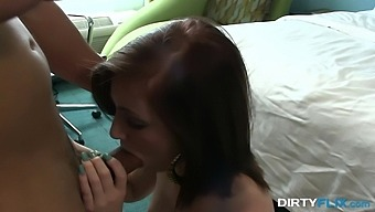 Nice Brunette Natalie Lust Shows Talents Of Her Pussy And Mouth