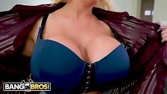 Hot Bbw Alura Jenson Sucking Jordi'S Dick. Busty Woman Blows
