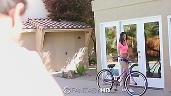 Sporty Babe With Sexy Body Carrie Brooks Is Seduced And Nailed By Neighbor
