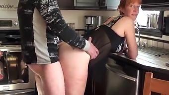 Kitchen Doggy