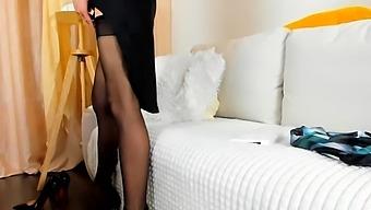 Classic Milf Strip Her Panty