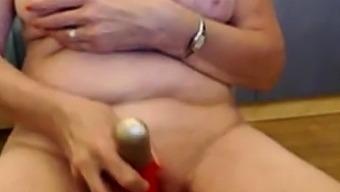Nice Granny Webcam 3