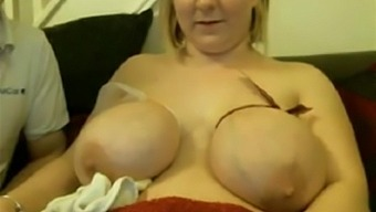 Pregnant Bbw Ties Tits For Milk Flow