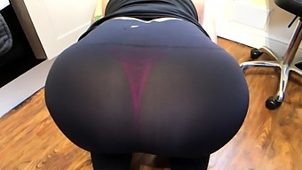 Amateur Busty Milf Loves Fiting Her Big Ass Hard