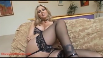 Light Mom Milf Cogar Gets Pussy Spoiled By Colossal Superlative Lift