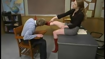 Ballet Kalit The Recent Coach Punishes Her Scholar In A Clasroom