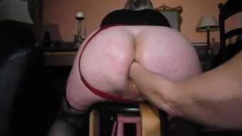 Big Butt Fist Fuck And Pissed On Via The Female Friend