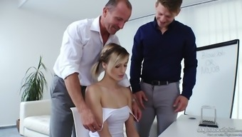 Adorable Pigtailed Czech Date Ria Sunn Requires Twofold Phallus Intrusion (Fmm)