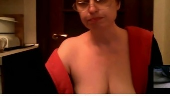 Mature Nerdy Nympho Taunted Me By Using A Nice Topless Daytime Tv Talk Show On Webcam