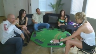 Zoey Holloway And Jayla Starr Enjoy A Group Intercourse Appointment With The Use Of Sizzling Men
