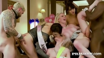 A Bride To Be And Her Bridesmaids Contain An Orgy By Using Males Strippers Prior To Wedding
