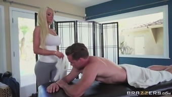 Foul Black Nicolette Shea Strives To Be Fucked Complicated By A Chunk