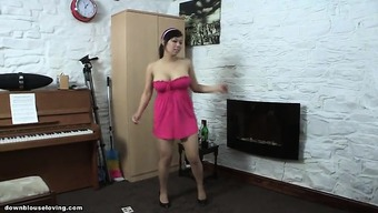 Downblouse Leaping
