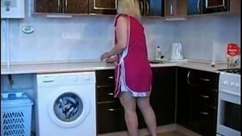Usrr Mum With The Use Of Son In Home Kitchen 100% Free Adult Material Videos - Xvideos.Com