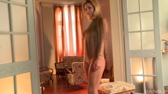 Fantastic Blond Solo Product With The Use Of Long Body Hair Brushing Her Shaved Pussy