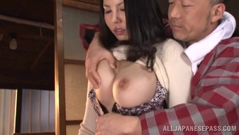 Soiled Old Bloke Just Likes To Persuade This Busty Milfs Pussy