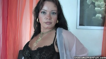 Chubby Frisbee Mom In Stockings Operates Her Very Difficult Clit