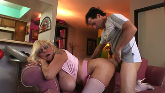 Senior Light Mud By Using Vast Holders Shelly A Gets Fucked In Cowgirl Present