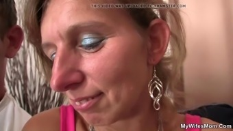 This Lady Timepiece Her Mom And Man Forbidden Sexual Intercourse