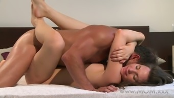 Mama Husband And Wife Have Sexual Activity And Facing The Day