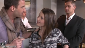 Threesome Intercourse Leaves Liona Levi With A Untidy Skin