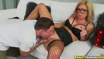 Innocent Dude Pleasures Big Tits Pale Milf With The Use Of Steamy Cunnilingus And Fingerfuck