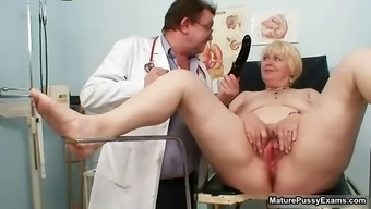 Brown Nana Gets Her Pussy Examed Part6