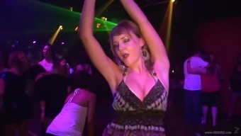Drunk Amateur Girl In Beautiful Panty Dancing Tremendously Within A Clubhouse Occasion However Shoot