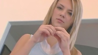 Ashlynn Brooke Possesses A Expertise And Ability And She Even Gives Several High Level Sex