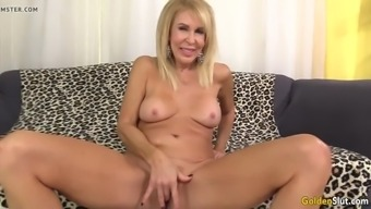 Age Blonde Erica Lauren Shows Off Her Pussy And Fucks