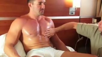 A Horny Event Guy 44 Y.O Get Sucked By A 23 Removes.O Stud Regardless Of Him !