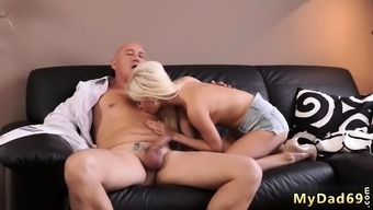 Blonde Bodybuilder And Real Father Fucking Teen Horny