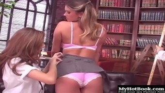 Celestia Professional, Cody Milo And Jenna Mist Like Being Intimate With And Licking Each Other