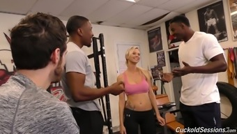 Horn-Mad Astrid Star Runs On Two Solid Bbcs In The Gym (Fmm)