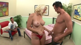 Cuckold Wrist Watches His Curvaceous Companion Fuck A Big Dick Stud