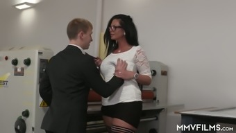 Rigorous Large Chief Vivian Glass Gets Her Milfie Cherry Fucked Clearly