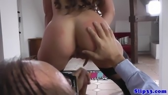 Gorgeous Teenager Trying To Taste Old Man'S Jizz