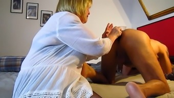Horny Women Rimjob And Dildos With Mature Man !