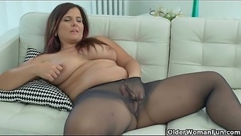 Most Of Currency Pair Milfs Part 2